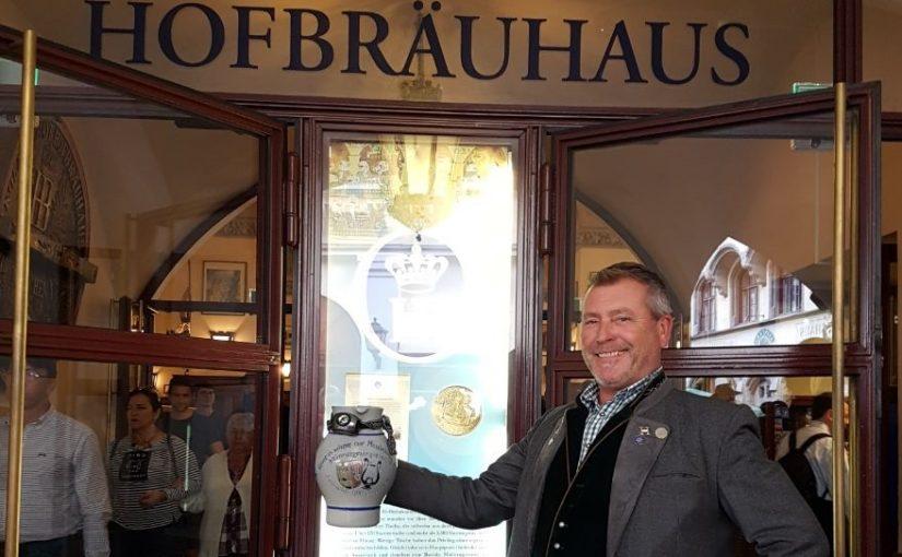 Bargener Moschtkrug irrt durch München