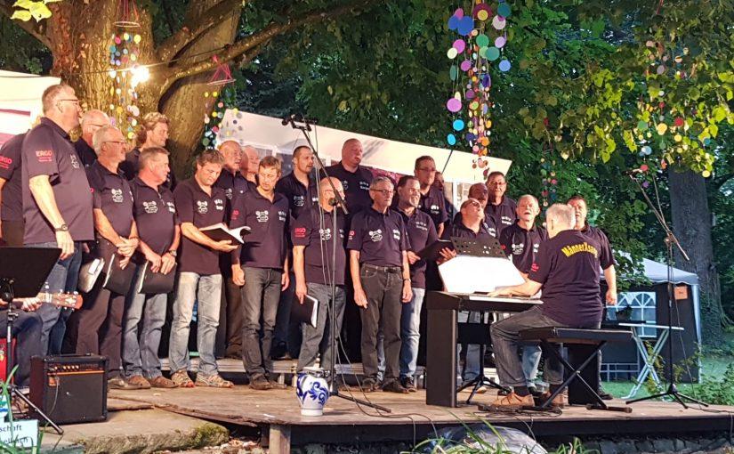 Musikalischer Abschluss beim Open-Air Konzert im Schlosspark von Ehrstädt