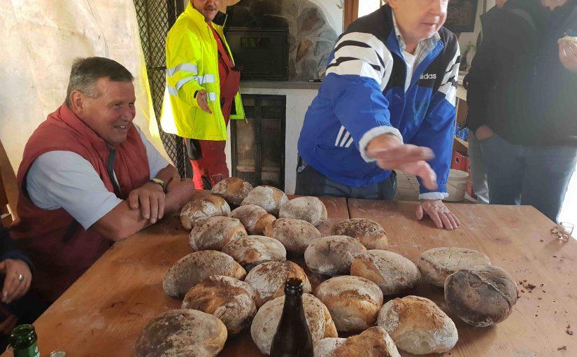Brotbacktag in Kälbertshausen