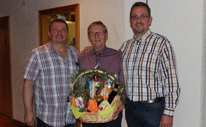 Bernhard Stoll feiert 80. Geburtstag