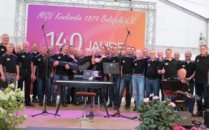 MGV Bargen begeistert Balzfeld und trägt Dirigenten auf Händen