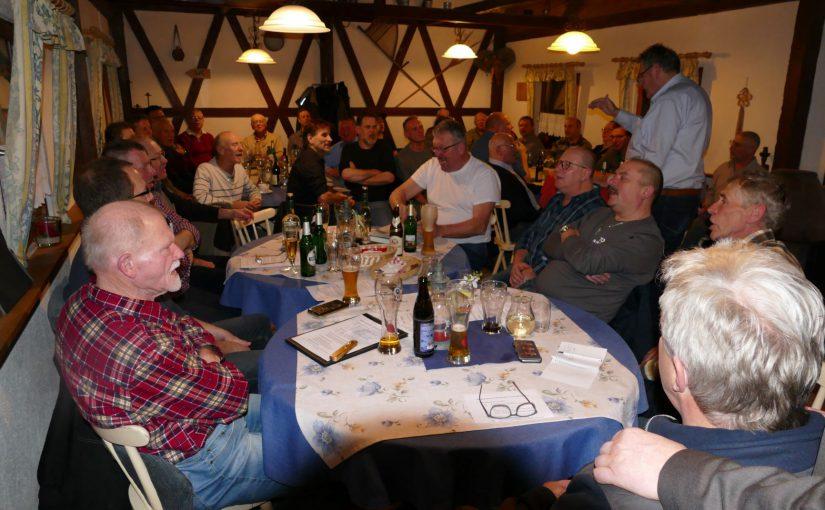 """Jahreshauptversammlung """"Brüder"""" waren den ganzen Abend lustig"""